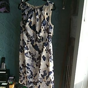 Beautiful Ann Taylor dress size 10
